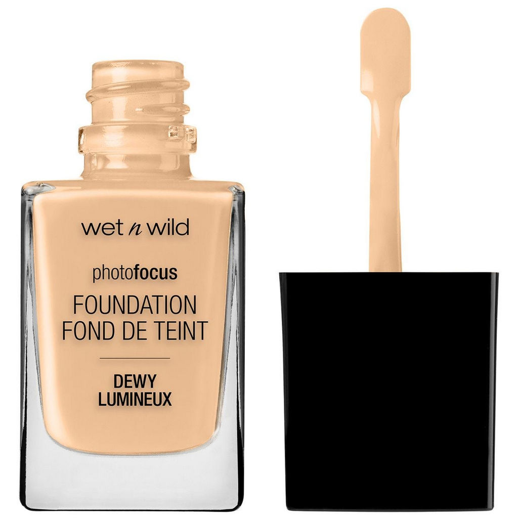 Puder Wet n Wild tekoči, Photo Focus sijoč, Soft Beige